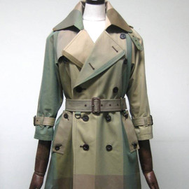Aquascutum for beautiful people - trench coat