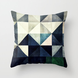 GLYZBRYKS - GLYZBRYKS Throw Pillow