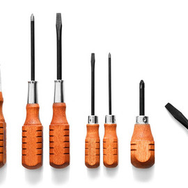 Kaufmann Mercantile - Wood Handled Screwdriver Set of 8