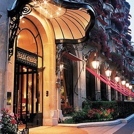 Paris - Hotel Plaza Athenee