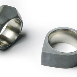 22 Design Studio - Concrete Ring