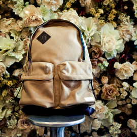 UNDERCOVER - UNDERCOVER 2011 Fall/Winter Collection Backpack アップロード