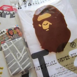 bape head paper weight