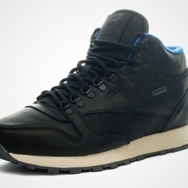 Reebok - Classic Leather Mid Goretex - Black/Blue?