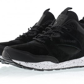 Reebok - Ventilator Mid Boot - Black/White/Dark Silver