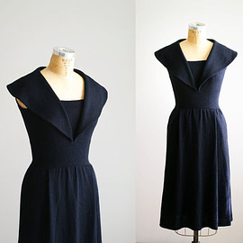1970s St. John dress / 70s black knit sweater dress