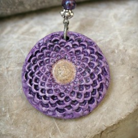 Luulla - Chrysanthemum Polymer Clay Pendant Necklace