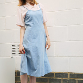 THE WHITEPEPPER - Vintage 90's Spaghetti Strap Denim Dress