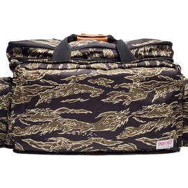 UNDEFEATED - Ever Since Duffle - Tiger Camo