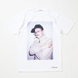 UT - Terry Richardson Tshirt