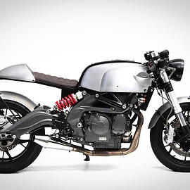 Benelli - 600 CR / The Sports Custom