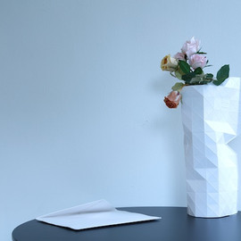 PePe Heykoop & Tiny Miracles FOUNDATION - Paper Vase Cover (white)
