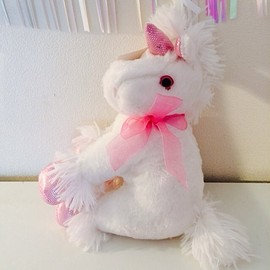 Roretta's room - Unicorn stuffed
