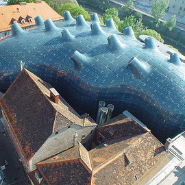 Austria - The Kunsthous of Graz /Peter Cook  Colin Fournier