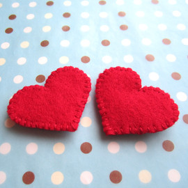 Luulla - Red Heart Shoe Clips - made to order