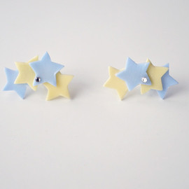 a cloudy dream - STARDUST PIERCE VIVID YELLOW/BLUE