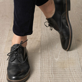 Suede-panel lace-up flat boots 1