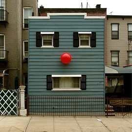 Dan Witz - Happy House