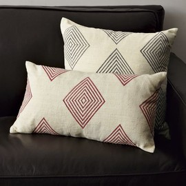 west elm - HAND-BLOCKED DIAMOND PILLOW COVER