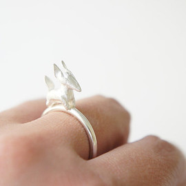 gemagenta - ZORRO ring - Infancia Series - Le Petit Prince inspired, silver fox ring, organic, delicate, animal, miniature, french, white, handmade