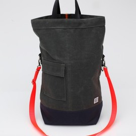 Chester Wallace - Chester Wallace Bag In Evergreen