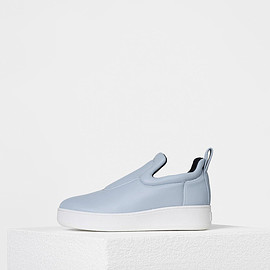 celine - Pull On Sneaker in Stretch Nappa Lambskin - セリーヌについて