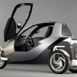 BMW - clever concept enclosed three wheel motorcycle