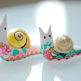 Afsaneh Tajvidi - Tattooed snails