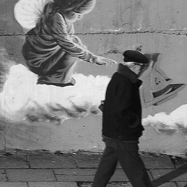 street art - The touch of an angel