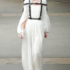 Alexander McQueen - fall winter 2011