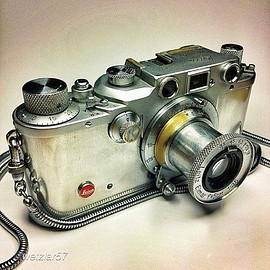 LEICA - Steampunk Camera