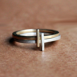 Bold brass 'ice' ring from Metalicious