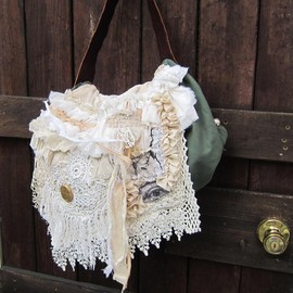 bao et bao バオエバオ - frill×lace*flap bag アンティークレースのsciences physiqueバッグ