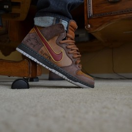 "Nike SB - Dunk High ""Cigar City."""