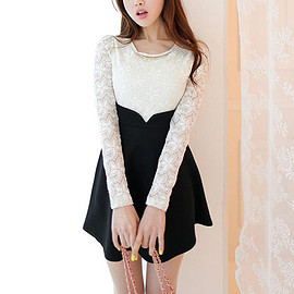 Sweet Lace Spliced Long Sleeve Round Neck Contrast Color Dress