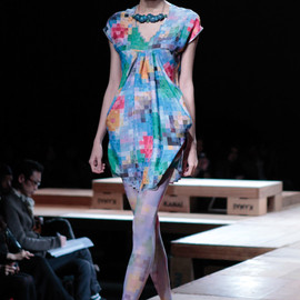 ANREALAGE - floral diamond shaped dress