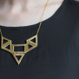 BenuShop - Handmade leather geometric cut out shapes necklace