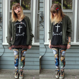 BlackMilk  - Cathedral leggings