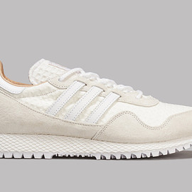 A Kind Of Guise - adidas New York (Off White)