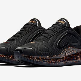 NIKE - Air Max 720 - Black/Hot Lava?