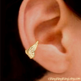 RingRingRing.etsy.com - Tiny Angel wing Gold ear cuff earring jewelry - earcuff for men and women 080612
