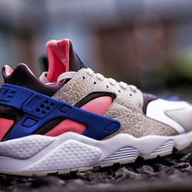 Nike, Size? - Air Huarache Size? -  Grey/Royal/Pink