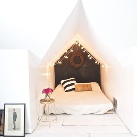 Sawyer Lovely/bedroom