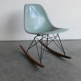 Herman Miller - Eames side chair rocker