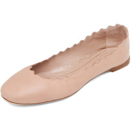 CHLOÉ - Scalloped Flats in Nude