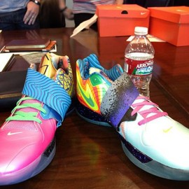 "Nike - NIKE ZOOM KD IV ""WHAT THE KD"""