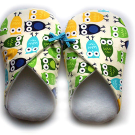 Luulla - Womens Slippers, Owls, in sizes S M and L