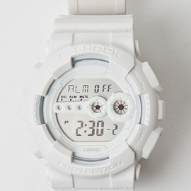CASIO - G-SHOCK GD-100WW-7 WHITEOUT WATCH