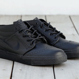 Nike SB - Zoom Stefan Janoski  Black Brogue