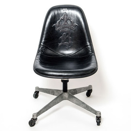 Eames, MADE BY SEVEN -REUSE, Bill Wall Leather - VINTAGE EAMES SIDE SHELL IS COVERED BY BILL WALL LEATHER